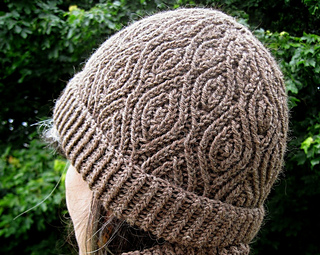 Hat-cowl-cropped-2_small2