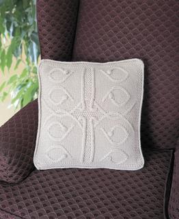 Privy_garden_pillow_anpt_summer_2011_rgb_small2
