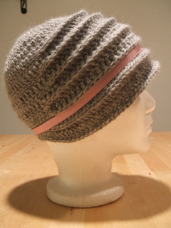 Driving_cloche_grey_2_small2
