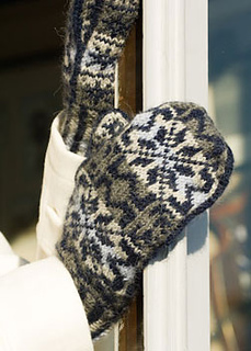 White-witch-mitts-2_small2