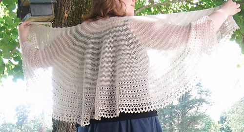 Light_shawl_flokal_0401_medium