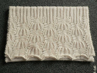 Frost-flower-lace-shawl01_small2