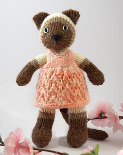 Siamese-kitty_small2
