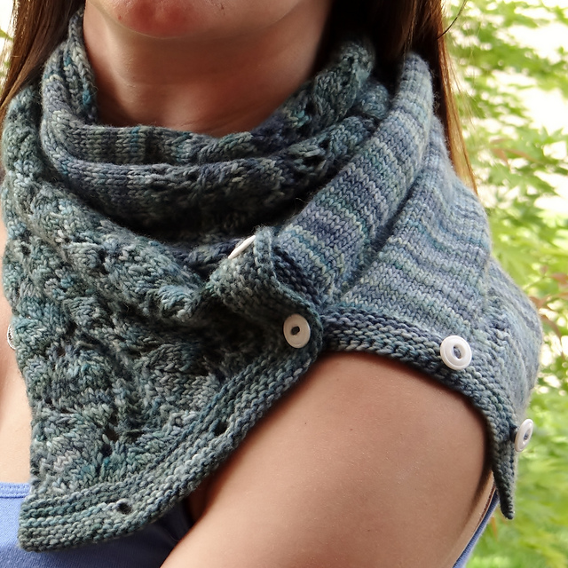Button Up Lace Cowl by Galzanne Knits