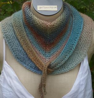 Mini_mochi_mini_shawl_hipster_style_small2