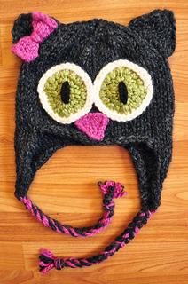 Knitted_cat_hat_small2