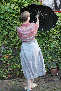 Delta_rosewood_back_full_figure_w_umbrella_smaller_small2