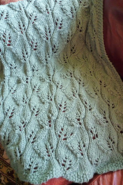 Knitted Leaf Pattern Blanket : Free Pattern Friday   Summer Leaves Throw by Lynda Haneman BeLoved Knits