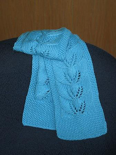 Twin_leaf_scarf_small2