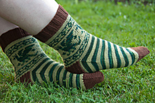 Dragon_socks_2_small2