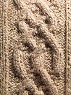 Chunky_cable_knitting_small2