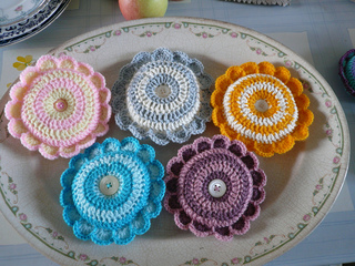 5_daisies_in_a_dish_small2