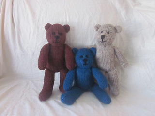 Handmade_by_suzanne_bear_066_small2