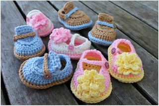 Boy_girl_baby_shoes_small2