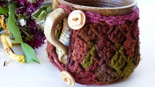 Sideways_stitch_mug_cozy_hook_candy_crochet_patterns_10_medium
