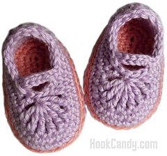 Baby_mary_jane_skimmers_crocheted_booties_hook_candy_crochet_patterns_pink_purple_size_0_to_3_months_small