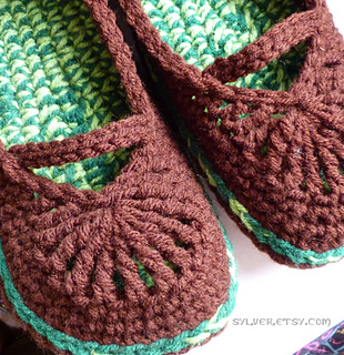 Womens_mary_jane_skimmers_crocheted_slippers_hook_candy_crochet_patterns_small2