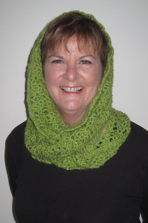 Scarf_with_hood_up__1024x768__small2