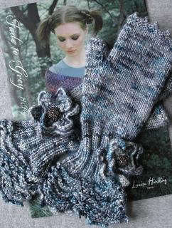 Knitting_3365_small2