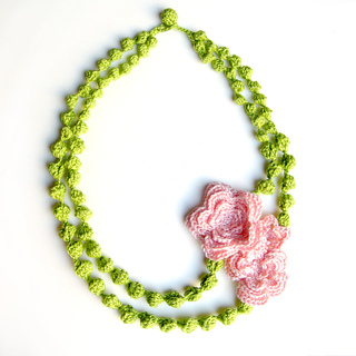 Ic15_floral_necklace_1_small2