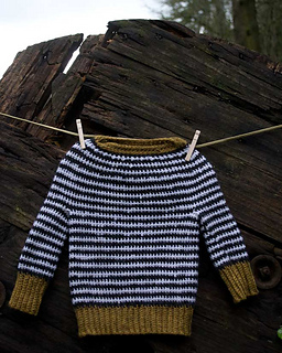 Ochre-stripe-crochet-baby_07_small2