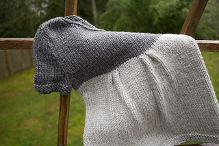 Baby-sweater-dress-knitting_small2