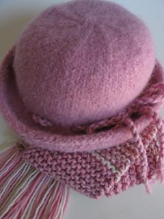 Cloche_pink_small2