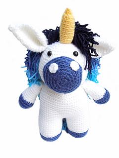 Blue_unicorn_front_small2