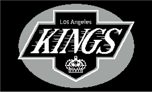 La_kings_charted_throw_medium
