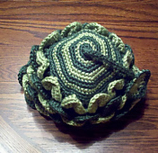 Hat_dragon_tail_top_small_small2