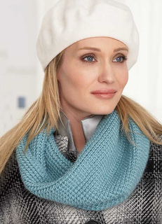 Rav154_knitcowl_small2