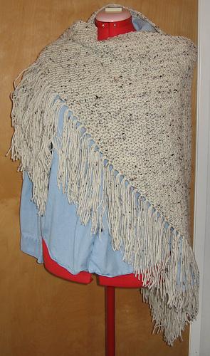 Aran_fleck_shawl_medium