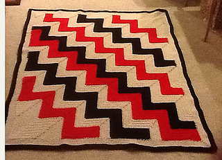 Navajo_red_and_black_small2