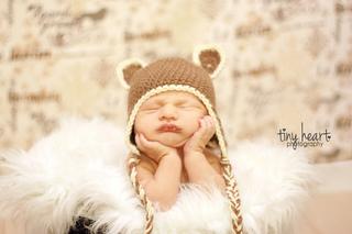 Little_bear_earflap_hat_charlie_small2