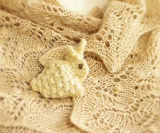 White-bunny-close_small2
