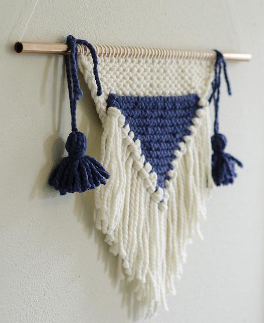 Knitted Wall Hanging par Kalurah Hudson