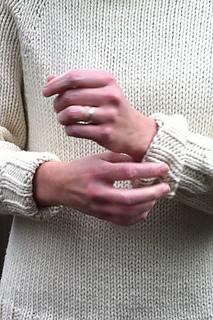 Karentempler_ivory_pullover_cuffs_small2