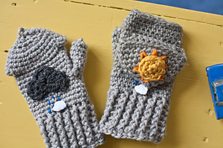 Sunshine_and_showers_mittens_5_small2