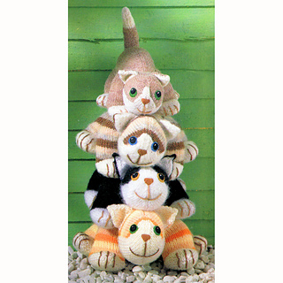 Four_cuddly_cats_pile_small2