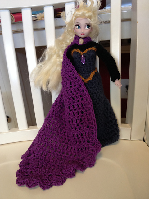 Free Crochet Pattern Elsa Cape : Elsa s Coronation Dress ~ Free Crochet Pattern ...