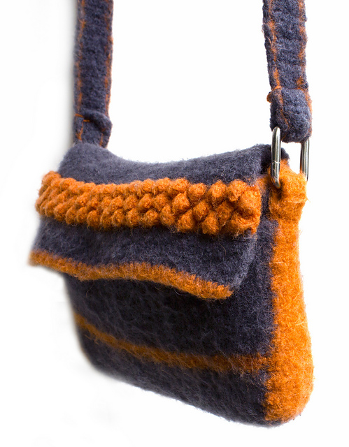 Free Patterns to Make a Felted Purse or Handbag - Yahoo! Voices