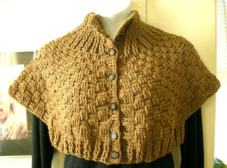 Basketweave_capelet_small2