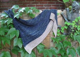 Lateen_shawl_outside_small2