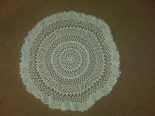 Christmas_centerpiece_doily_small2
