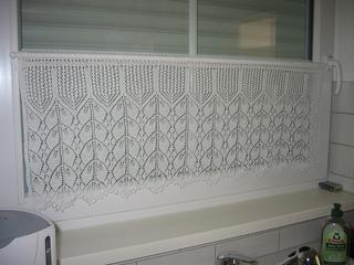 Curtain3_small2
