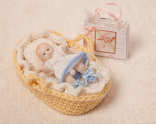 Miniature_baby_dress_small2