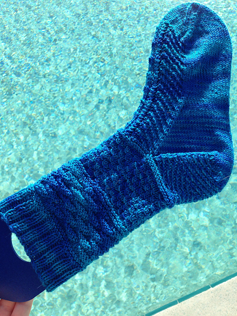 Brucie sock knitting pattern by Amy Rapp