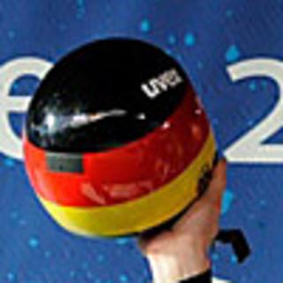 Th_helmet_small2