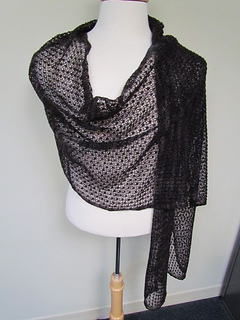 Pebbly_mesh_drape_02_small2