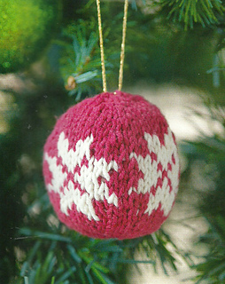 Snowflake_bauble_simply_knitting_christmas_decoration_small2
